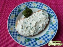 Miętowa pasta twarogowa do kanapek