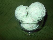 Miętowe lody z czekoladą