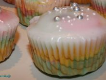Mikołajkowe kolorowe muffinki Kamili