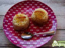 Mini babeczki ryżowe z brzoskwinią