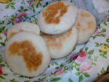 Mini chlebki/bułeczki z patelni