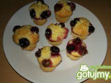 Mini muffinki jogurtowe z winogronem