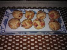 Mini muffinki z brzoskwiniami