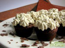 Mini muffinki z orzechami i miodem