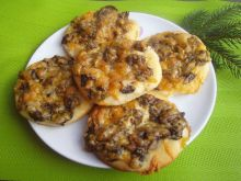 Mini pizze z grzybami