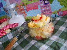 Mini sałatki z jajkiem