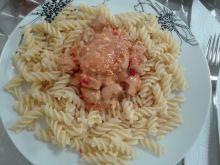 Miodowa pierś z kurczaka z papryczkami chilli