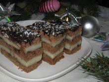 Miodowo piernikowe ciasto z kaszą manną
