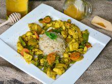 Miodowy indyk z warzywami i nutą curry