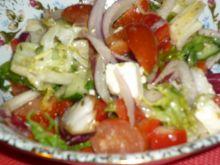 Mix sałat w sosie greckim