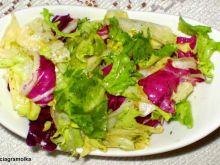 Mix sałat z grejpfrutowym dresingiem