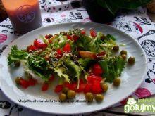 Mix sałat z groszkiem i czosnkiem
