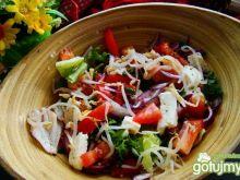 Mix sałat z kiełkami i mozzarellą
