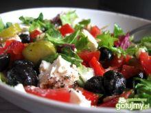 Mix sałat z oliwkami i fetą