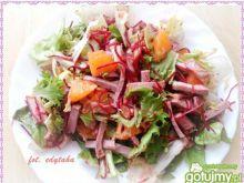 Mix sałat z pieczenią i pomarańczą