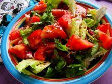 Mix sałat z pomidorami