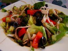 Mix sałat z sosem z octu balsamicznego