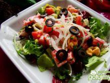 Mix sałat z tortellini i pomidorem