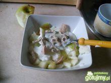 Mleczna kaszka z jabłkami