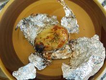 Młode ziemniaki pieczone w żarze