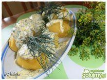 Młode ziemniaki w śmietanie