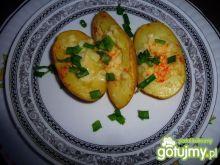 Młode ziemniaki z grilla z mozzarellą