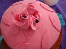 Moj pierwszy tort z masą cukrową