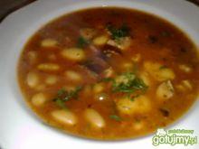 Moja zupa fasolowa z kiełbasą