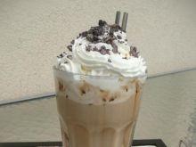 Mrożona kawa z bitą śmietaną