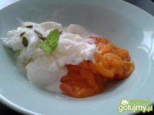 Mrożony jogurt z morelami