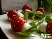 Muchomorki - pomidorki z niespodzianką