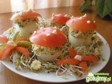 Muchomorki z jajek i pomidorków