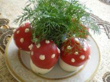 Muchomorki z pomidorów i jajek