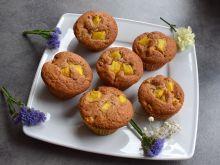 Muffinki ananasowe z kaszą manną (bez jajek)