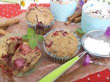 Muffinki bakaliowe z truskawkami i nutką cynamonu