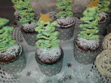 Muffinki cynamonowe z choinkami