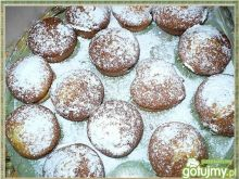 Muffinki cytrynowe z truskawkami