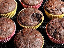 Muffinki czekoladowe z pieczonych buraków