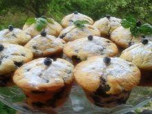 Muffinki jogurtowe z jagodami