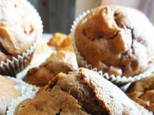 Muffinki kakaowe z jabłkami