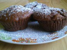 Muffinki kakaowo - cynamonowe z jabłkiem i orzecha