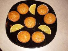 Muffinki marchewkowe z lukrem