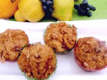 Muffinki  marmurkowe z pigwą