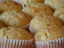 Muffinki  orzechowo pomaranczowe