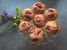 Muffinki truskawkowo-kokosowe na mleczku kokosowym