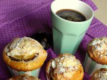 Muffinki ucierane ze śliwkami