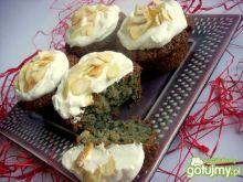 Muffinki wegańskie migdałowo - marchewko