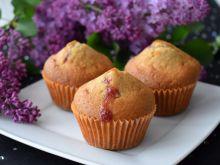 Muffinki z cynamonem i dżemem porzeczkowym