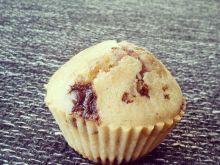 Muffinki z czekoladą i malinami
