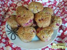 Muffinki z czerwonymi porzeczkami